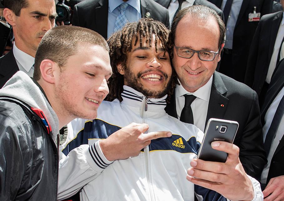 Francois Hollande, Selfie, Stinkefinger, Fotograf Bern, Thomas Hodel, Rückblick 2015