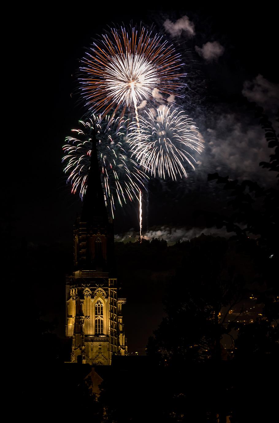 Feuerwerk Gurten Bern Münster