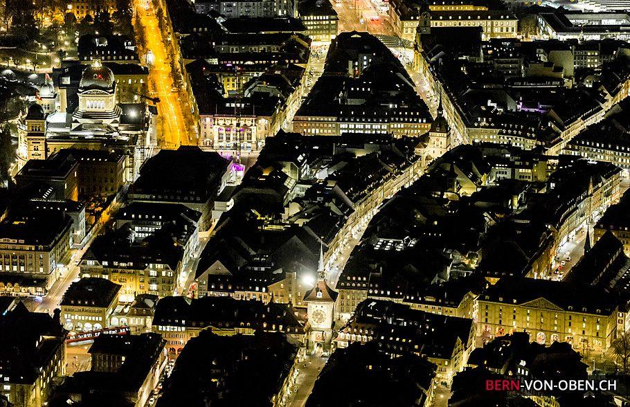 Bern von oben - Luftaufnahme - Nacht